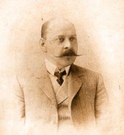 Провизор А.М. Остроумов (1859-1920)